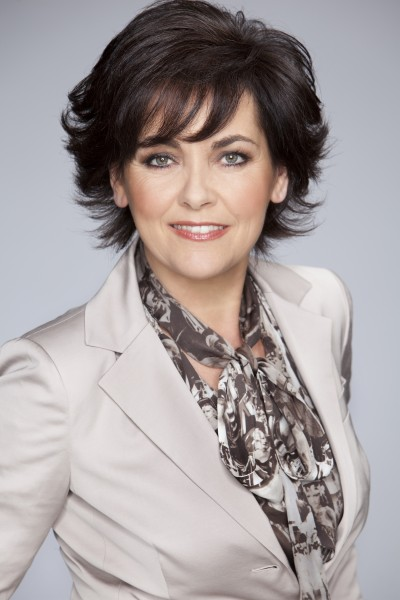 Jacobine Geel, theologe en televisiepresentatrice